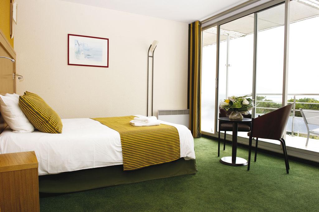 H tel aux sables d olonne nos chambres doubles vous for Chambre 121 gratuit